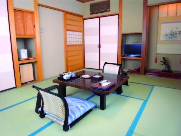 【客室】 清潔感のある和室へご案内/例