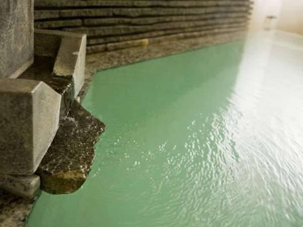 【5階中浴場】宿泊者のみ利用可能な源泉掛け流しの浴場