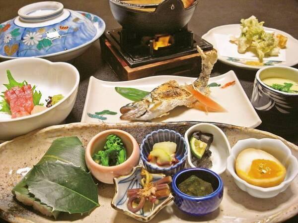 【夕食/例】旬の地元食材を使用の季節のおまかせ会席
