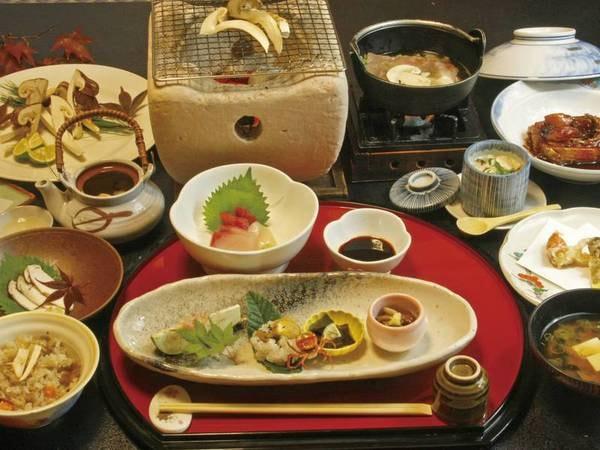 松茸を贅沢に使用した松茸会席!