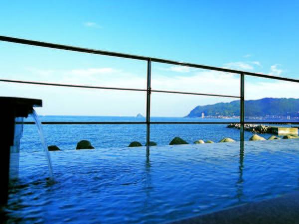 【ホテル伊東パウエル】源泉かけ流しの絶景オーシャンフロント露天風呂!客室も全室海側。「あわび」付のプランが好評