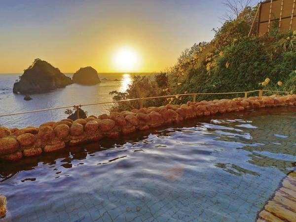 【絶景の宿 ホテル天遊】風光明媚!三四郎島を望む、開放感あるお部屋と絶景露天風呂が好評!