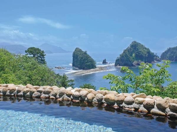 【露天風呂】潮の干満で異なる景観を愉しめる