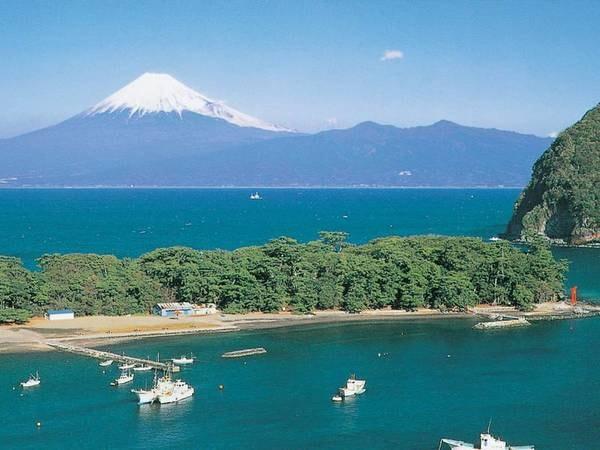 【周辺観光/例】富士を望む絶景スポット「御浜岬」へは徒歩約10分