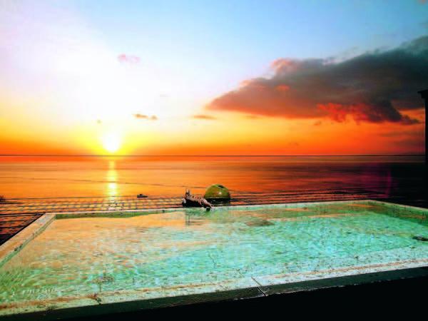 【屋上露天風呂】美しい駿河湾を一望!