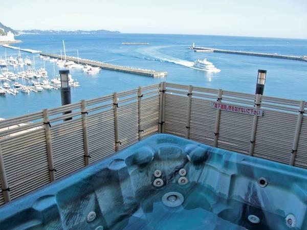 【展望露天風呂】美しい夜景と海を一望※露天は温泉ではありません