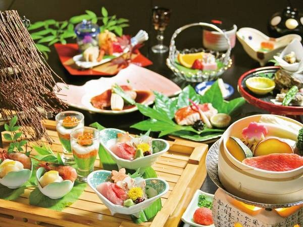 【伊豆の3大地物プランの夕食/例】南伊豆の金目鯛温泉蒸し・金目鯛の煮付け・金目鯛の焼物など