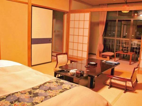【和ベッド客室/例】足腰ラクラク!和室に簡易ベッドをご用意。お布団だと寝起きが辛い方におすすめ