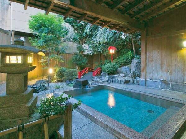 【平野屋】4種の湯船で館内「美人の湯」巡り!老舗和風旅館で季節の料理と美白泉注ぐ庭園風露天風呂に憩う