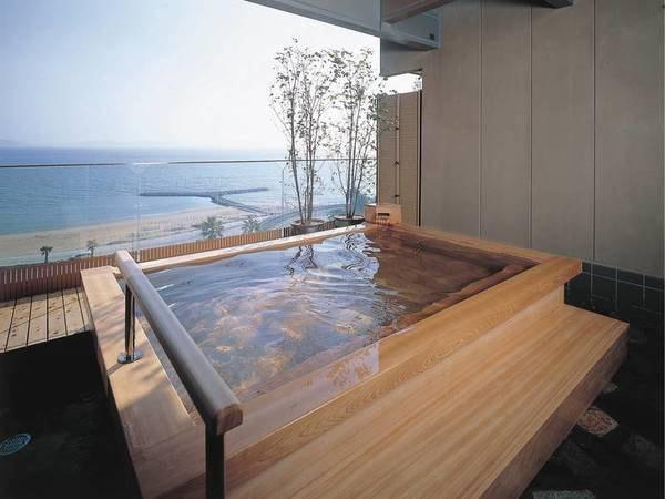 【展望風呂/海こうこう】広大な海を臨む展望露天風呂
