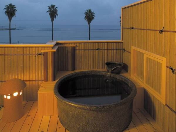 【貸切露天風呂】伊勢湾を一望できる貸切露天風呂を無料で利用可能(1組1回30分)