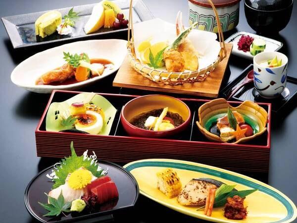 【お手頃・海の幸プランの夕食/例】新鮮な海の幸を少しずつ味わえるお値頃な和会席をご用意