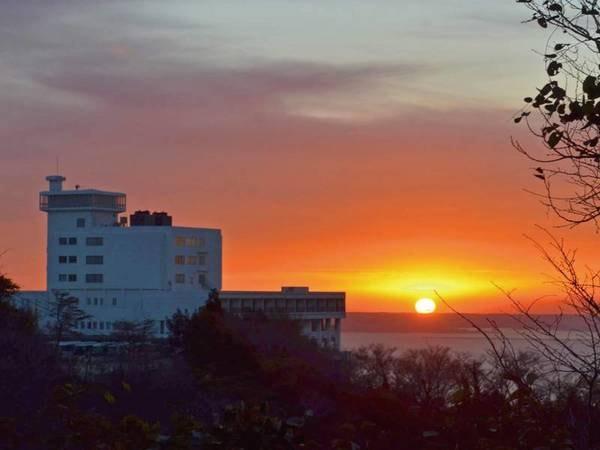 三河湾より上る朝陽は必見!