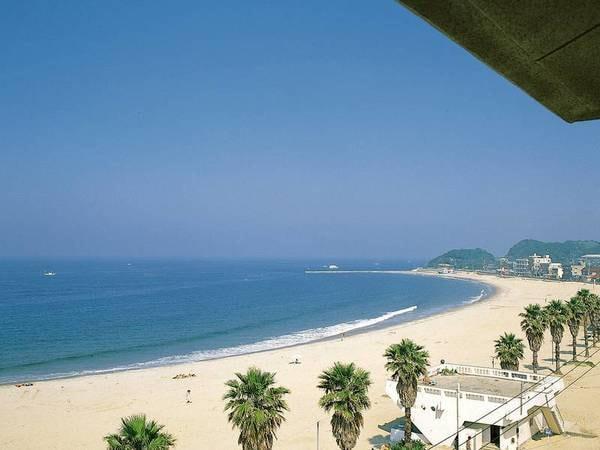 【客室眺望/例】ビーチ目の前!白い砂浜と青い海を見渡す