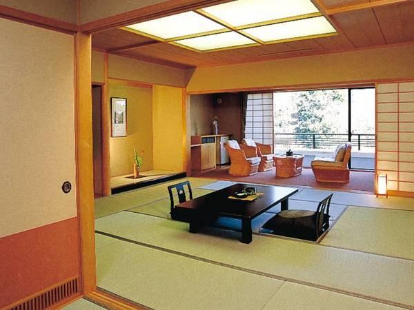 【12畳和室/例】広々とした空間で寛ぐ。清掃の行き届いたお部屋でゆったり