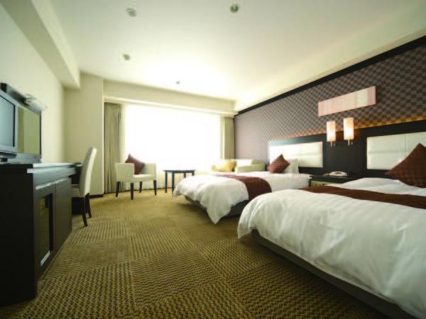 上層階より琵琶湖を望む、ラグジュアリーな客室(一例)