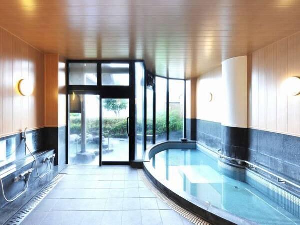 大浴場 天然温泉かけ流しの大浴場