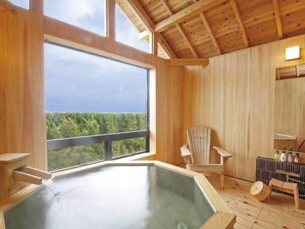 【有料貸切風呂「雨晴」】縦に長い窓から見える景色はまるで一枚の絵画のよう
