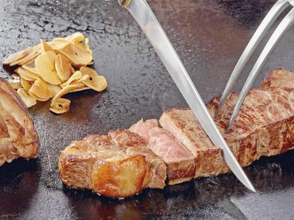 【夕食バイキング/例】焼きたて牛肉ステーキ
