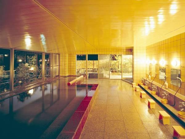 【寿楼 臨水亭】【全客室が須磨寺大池に面した60平米のスイートタイプ。庭園露天風呂や高級食材を使用した夕食が好評】