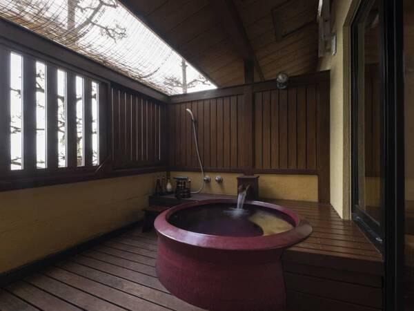 【露天風呂付客室/例】お部屋に専用の露天風呂を併設!潮風とお湯を独り占め