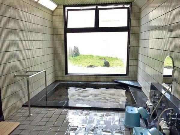 【女性大浴場】5つの洗い場がある