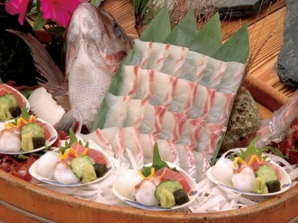 【鯛入り旬の季節会席/5名様盛例】鯛活造りなど人気の味覚をお手頃価格で