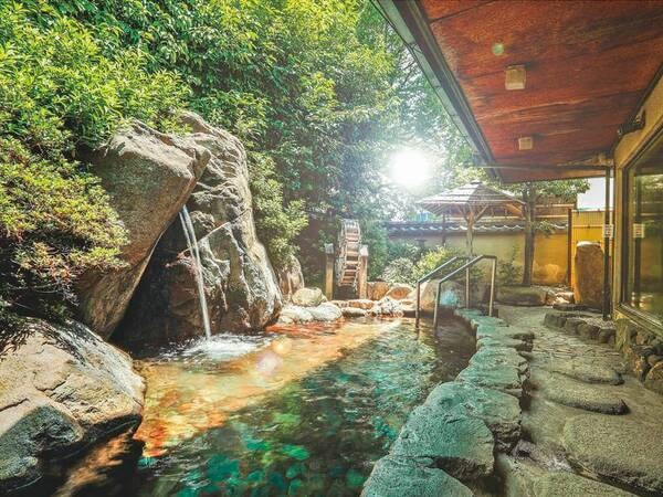【奈良パークホテル】大阪市内からも車で約30分という好立地!自家源泉の宝来温泉とおもてなし自慢の旅館。8つの世界遺産からは車で約10分と奈良観光に便利な立地。