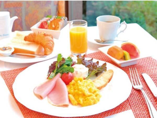 【朝食/当日選択制】アメリカンブレックファースト/例 約704 Kcal