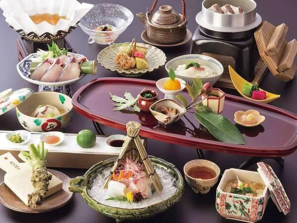 【夕食/9~11月の一例】 紀州・秋に美味しい旬の味覚を吟味し、素材の美味しさを活かしたお料理をご用意
