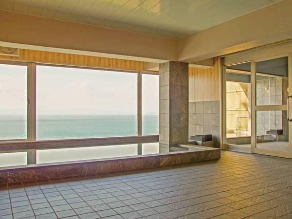 大浴場/開放感のある大きな窓