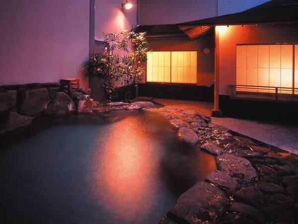 【紀州・白浜温泉 むさし】白良浜至近の純和風旅館。2つの源泉と5種の湯殿で湯巡りを♪夕食は約40種バイキング!