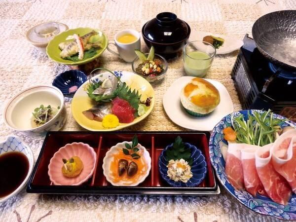 【夕食/例】メインは【石清水豚の温泉しゃぶ鍋】!全9品