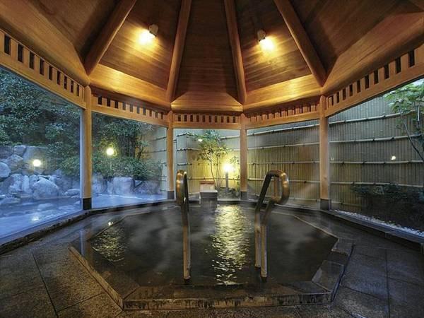 【湯処むろべ】露天風呂付大浴場は、源泉掛け流しで終夜入浴可能♪