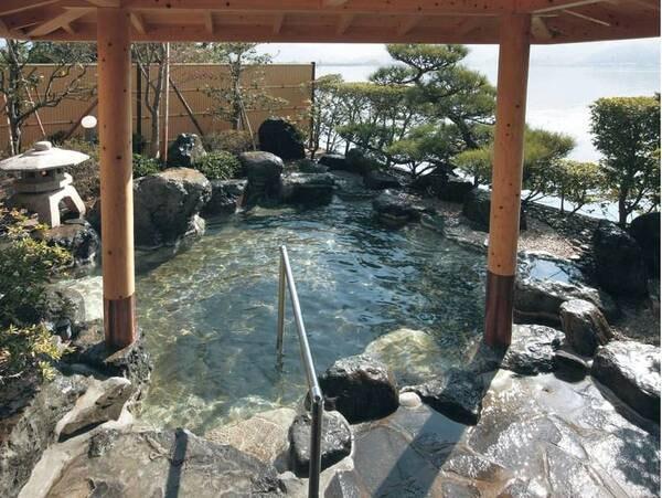 【羽衣】「鳥取のハワイ」で源泉かけ流し湯&地物の味覚を愉しむ !