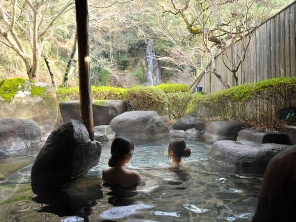 【美又温泉 かなぎ観光ホテル】滝を望む絶景美人湯を満喫できる宿