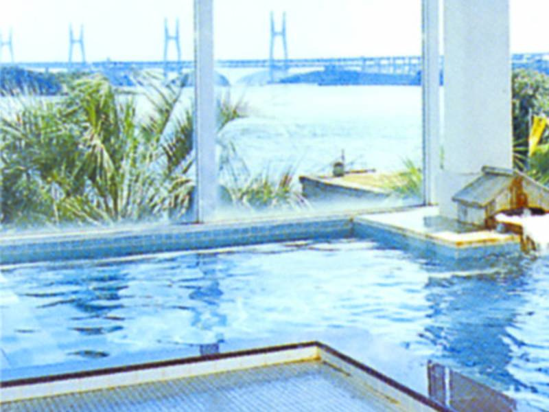 【家族風呂/潮湯】貸切風呂でのんびり湯浴み