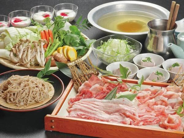 【夕食/例】飯南豚の3種の部位&地元旬野菜を使ったしゃぶしゃぶ。〆は美作産の和そばで