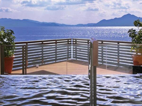【広島温泉「瀬戸の湯」】瀬戸内海を望む