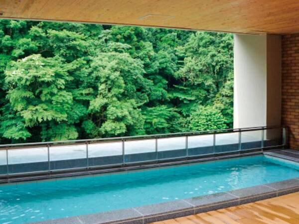 【国民宿舎 湯来ロッジ】山間の渓谷に建つ閑静な佇まいの宿 かけ流し温泉で疲れを癒す非日常を堪能