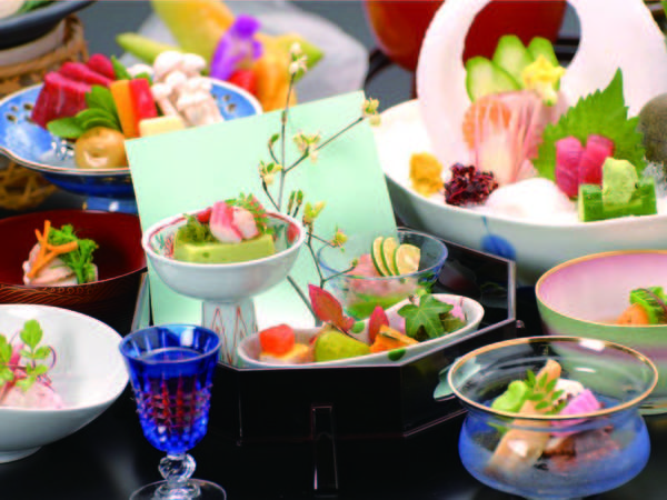 【夕食/例】瀬戸内の鮮魚と季節野菜を盛り込んだ会席