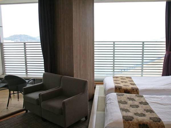【リゾートツイン/一例】関門海峡を一望できる客室で最高の非日常を