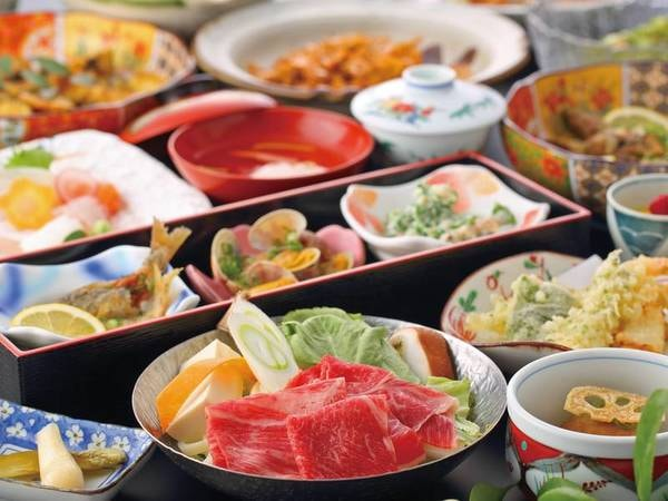 【鶴荘】有明海の幸と竹崎蟹を味わい、 厳選した佐賀の日本酒が飲める宿