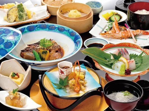 【魚半スタンダード会席/一例】伊万里牛陶板焼きが標準でも付くお得さ!海の幸がたっぷりのお料理です