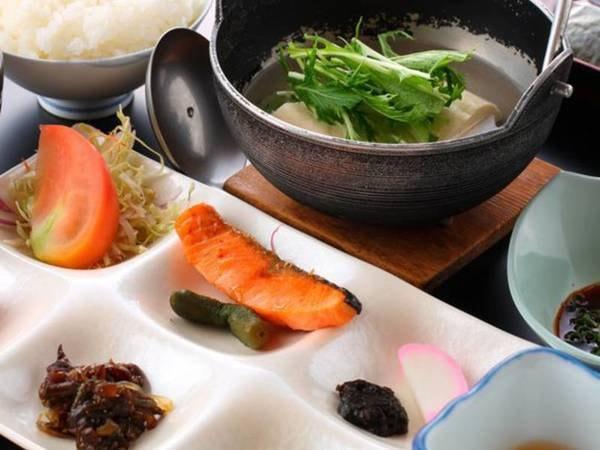 温泉豆腐朝食付/一例