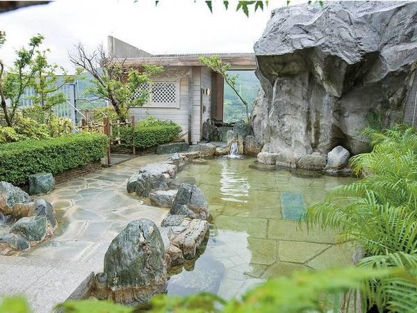 【ホテル 桜】《元気に営業中!》佐賀県産和牛をお値打ちに堪能!嬉野の街を一望できる屋上露天風呂で嬉野の美人湯を愉しもう