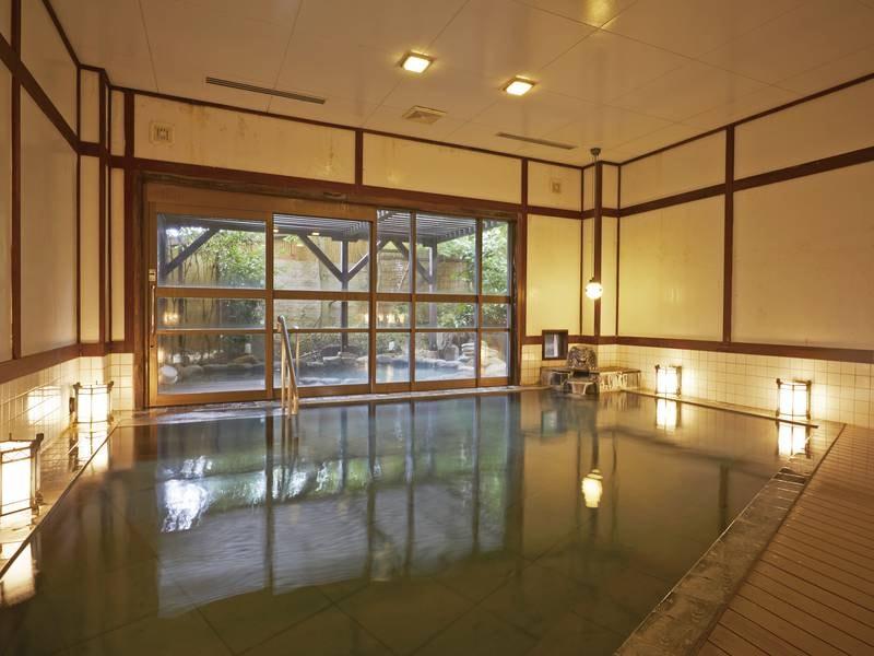 【大浴場/女性湯】とろりとした嬉野の名湯が注がれます