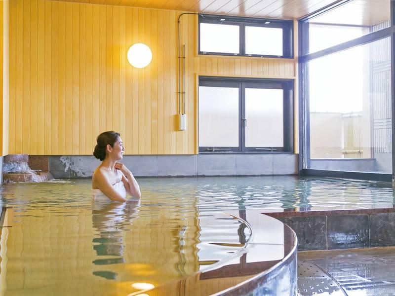 【大浴場】日本三大美肌の湯で知られる嬉野温泉を贅沢に堪能