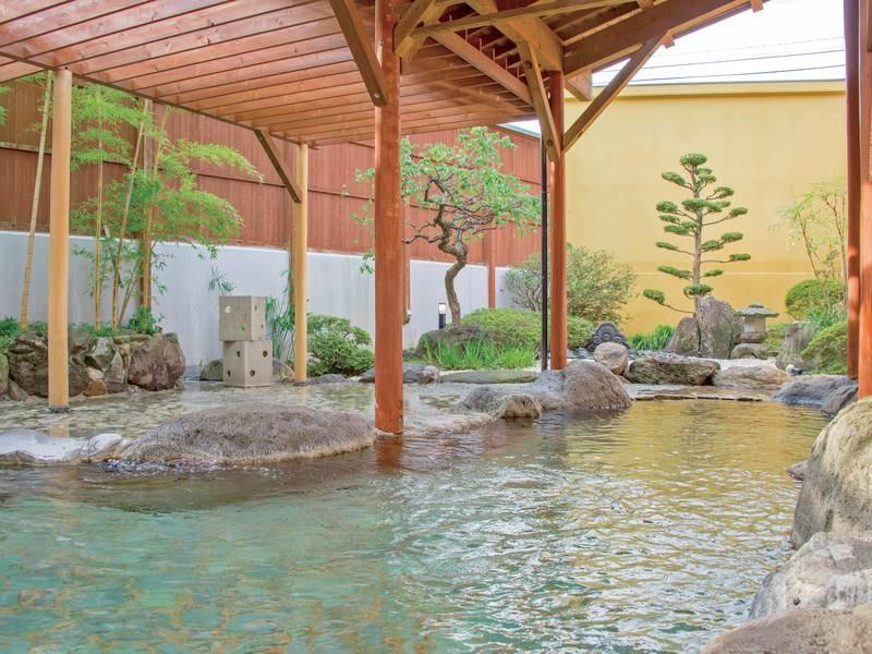 【露天風呂】日本三大美肌の湯『嬉野温泉』に24時間入り放題!※清掃時間を除く
