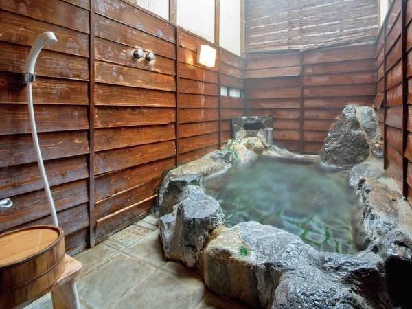 【家族湯】嬉野温泉が源泉かけ流し!とろりと気持ちいい湯はついつい長湯してしまいます